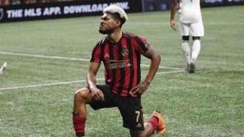 En imagen de archivo del 24 de octubre de 2019, el venezolano Josef Martínez, delantero del United de Atlanta, posa tras anotar un gol ante el Union de Fildadelfia en duelo de la MLS, en Atlanta.