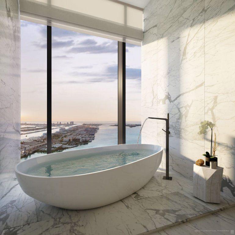 Vista recreada desde un baño del Waldorf Astoria & Residences Miami.