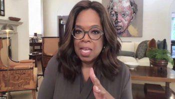 En esta imagen proporcionada por The Call to Unite, Oprah Winfrey habla durante un evento en vivo de 24 horas que se transmitió el viernes 1 de mayo del 2020.