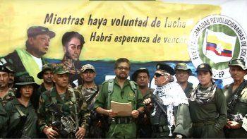 Los exguerrilleros FARC Iván Márquez, El Paisa y Jesús Santrich reaparecieron el 29 de agosto de 2019 en un video en el que anuncian que retomarán las armas.
