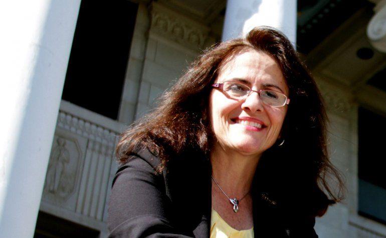 Murano desempeñó el cargo de vicerrectora y decana de la Facultad de Agricultura y Ciencias de la Vida de la Universidad Texas A&M entre 2005 y 2007