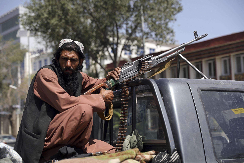 Talibanes advierten a EEUU y Europa de ola migratoria
