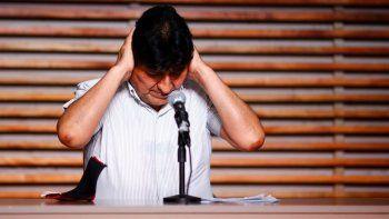 El expresidente boliviano Evo Morales ofrece una rueda de prensa en Buenos Aires, Argentina, en las primeras horas del lunes 19 de octubre de 2020, horas después de las elecciones presidenciales en su país.