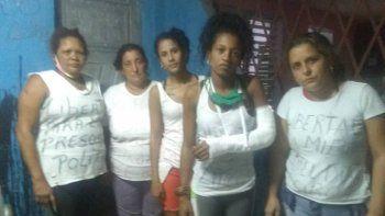 Arianna Lopez Roque, Donaida Perez Paseiro, Maidelin Toledo, Yenifer Castañeda Miranda,Arianna Lopez Roque y Yenifer Guevara fueron liberadas la noche del miércoles por la policía del régimen. A Yenifer Castañeda la policía del régimen le fracturó el brazo durante la golpiza que le propinóal momento del arresto.