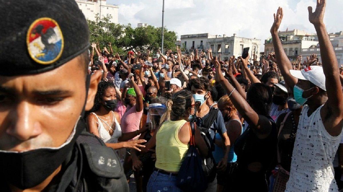 Lanzan petición global para apoyar la marcha en Cuba.