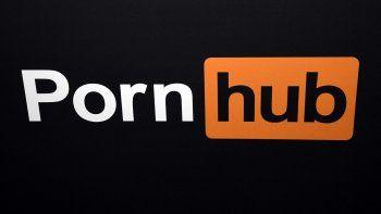 Demandan a Pornhub en EEUU por presuntamente lucrar con violaciones