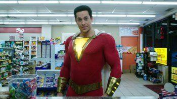 Shazam!, la nueva propuesta del universo cinematográfico de Warner Bros. sobre las historias de DC Comics, se hizo con el número uno en la taquilla de Estados Unidos este fin de semana.
