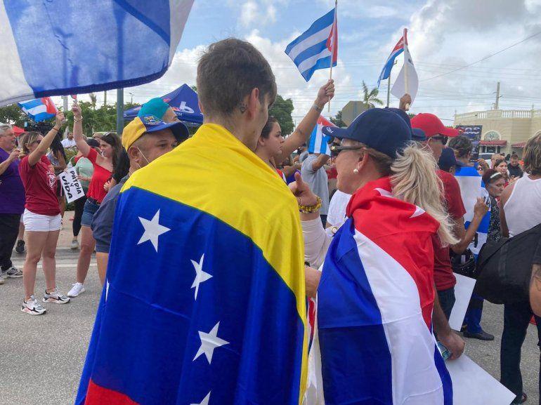 Cubanos en Miami: Biden, da la cara