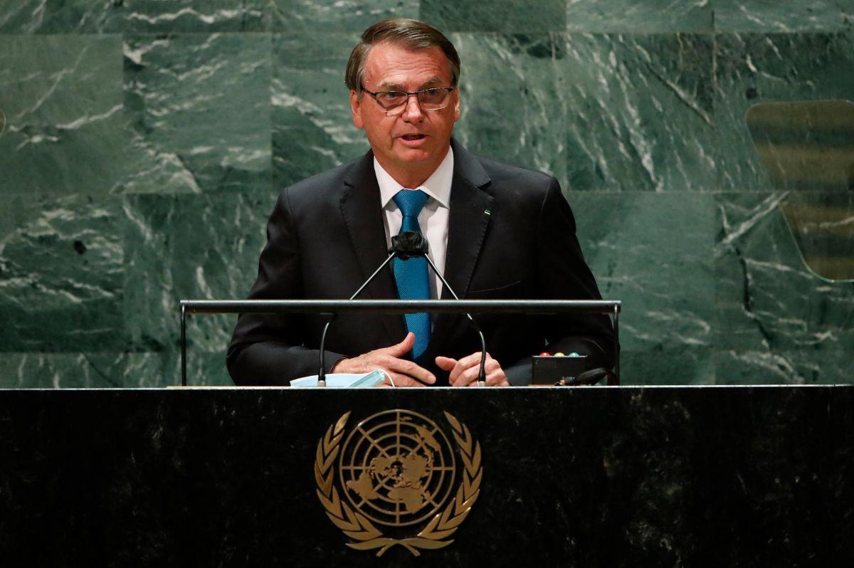 El presidente de Brasil, Jair Bolsonaro, se dirige al 76 ° período de sesiones de la Asamblea General de la ONU en Nueva York.
