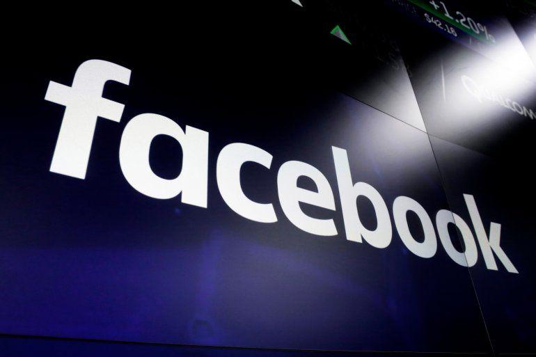 Se estima que siete de cada diez adultos estadounidenses usan Facebook y su alcance le permite jugar un papel descomunal en la publicidad digital y en la entrega de noticias.