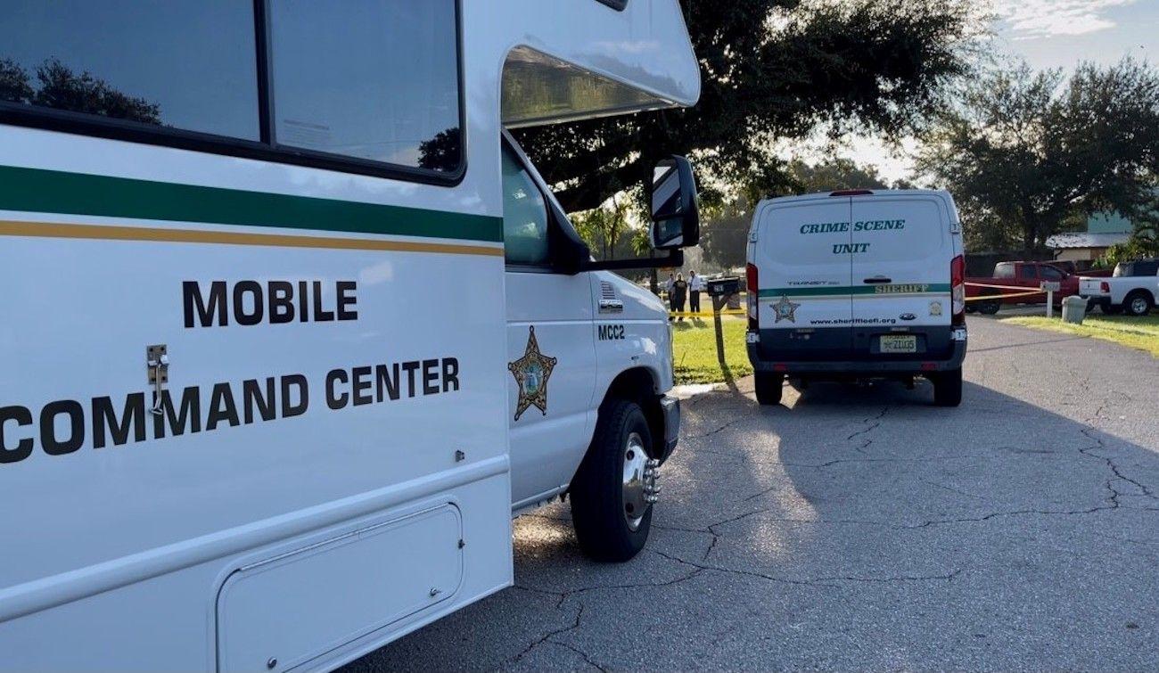 Autoridades de la oficina del alguacil del condado Lee investigan lo ocurrido.