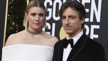 En esta foto del cinco de enero del 2020, los cineastas Greta Gerwig y Noah Baumbach durante la ceremonia de los Globos de Oro en Beverly Hills, California.
