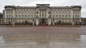 El Palacio de Buckingham, en Londres, el 5 de enero de 2021. Un empleado fue condenado a ochos meses de cárcel por haber robado en la residencia londinense de la reina Isabel II.