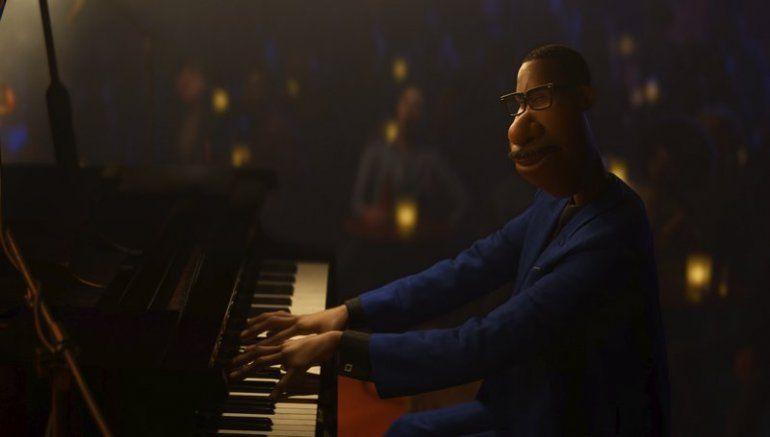 En esta imagen difundida por Disney/Pixar el personaje de Joe Gardner