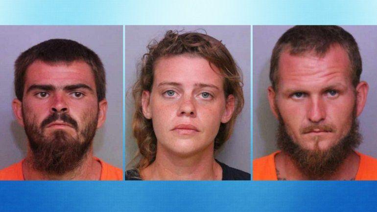 Fotos de los arrestados bajo sospecha de ejecutar una masacre en Florida central publicadas en la cuenta de Twitter de la Oficina del Sheriff del condado Polk.