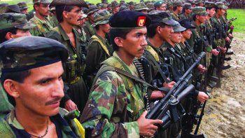 Las Fuerzas Armadas Revolucionarias de Colombia (FARC) anunció la expulsión de los excomandantes Iván Márquez y Jesús Santrich por su decisión de retomar la lucha armada.