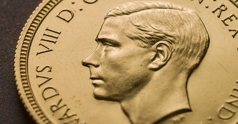 La foto sin fecha distribuida por la Casa Real de la Moneda británica muestra una moneda de oro con la efigie del rey Eduardo VIII. La moneda
