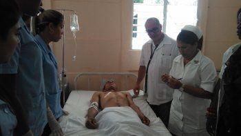 Fotografía publicada por el medio estatal cubano TV Yumurí de uno de los heridos en el accidente de tránsito ocurrido este 25 de abril de 2019 en Jagüey Grande, en la occidental provincia de Matanzas.