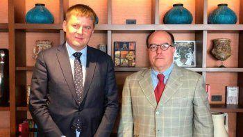 El comisionado presidencial para las Relaciones Exteriores, Julio Borges, sostuvo este miércoles un encuentro con el ministro de Asuntos Exteriores de la República Checa, Tomáš Petříček.