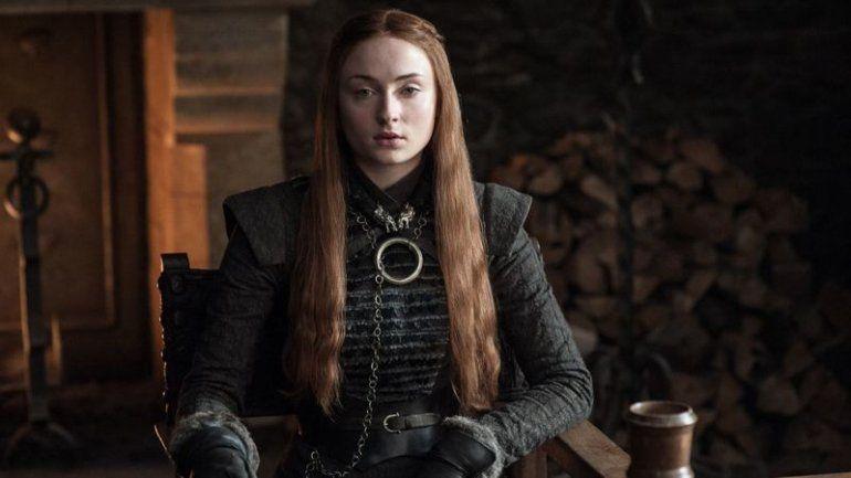 Turner se sentía sola en un momento en que todos sus amigos acudían a la universidad mientras que ella seguía viviendo con sus padres y trabajando en la producción de HBO.