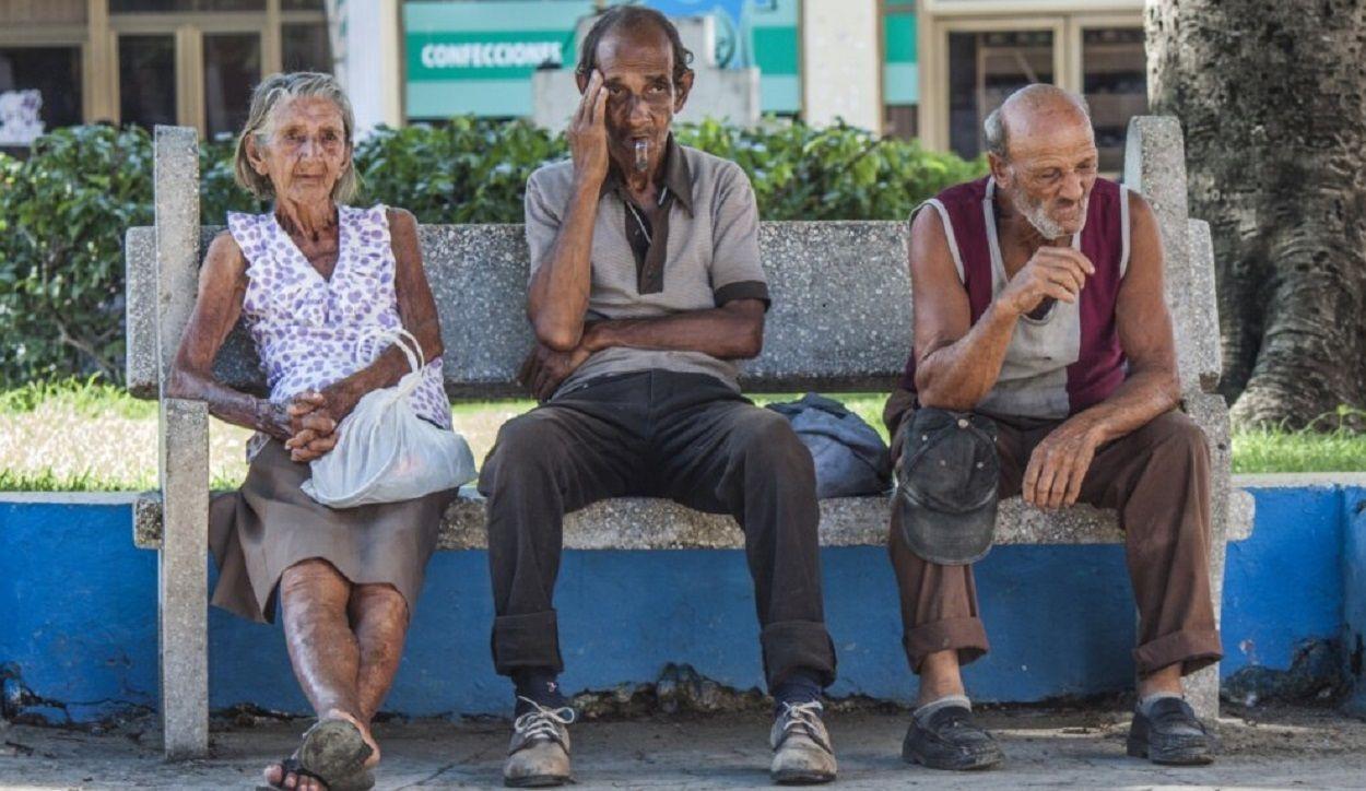 Envejecer en Cuba: ir al infierno en vida