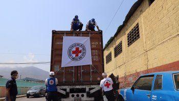 Llega a Venezuela el segundo cargamento de Cruz Roja con 22 toneladas de ayuda contra el coronavirus. Venezuela ha recibido el segundo cargamento de la Federación Internacional de Sociedades de la Cruz y la Media Luna Rojas (FICR), con 22 toneladas de ayuda humanitaria para contribuir a la lucha contra el coronavirus en el país.