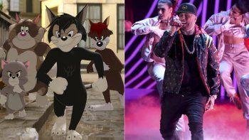 Butch, líder de los gatos callejeros, en una escena de la película Tom & Jerry, y Nicky Jam, quien hace su voz, cantando en la ceremonia de los Latin Grammy del 16 de noviembre de 2017 en 2017.