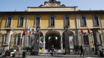 La foto de archivo del 7 de abril de 2020 muestra el higar de ancianos Pio Albergo Trivulzio de Milán. El hogar de ancianos más grande de Italia es objeto de una investigación penal por la muerte de 300 residentes debido al COVID-19.