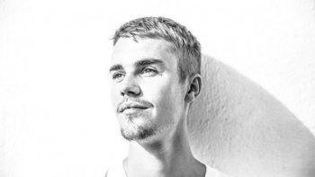 Justin ha donado recientemente un dólar por cada entrada vendida de su próxima gira Cambios a la Fundación Bieber, que apoyó programas de salud mental y bienestar.