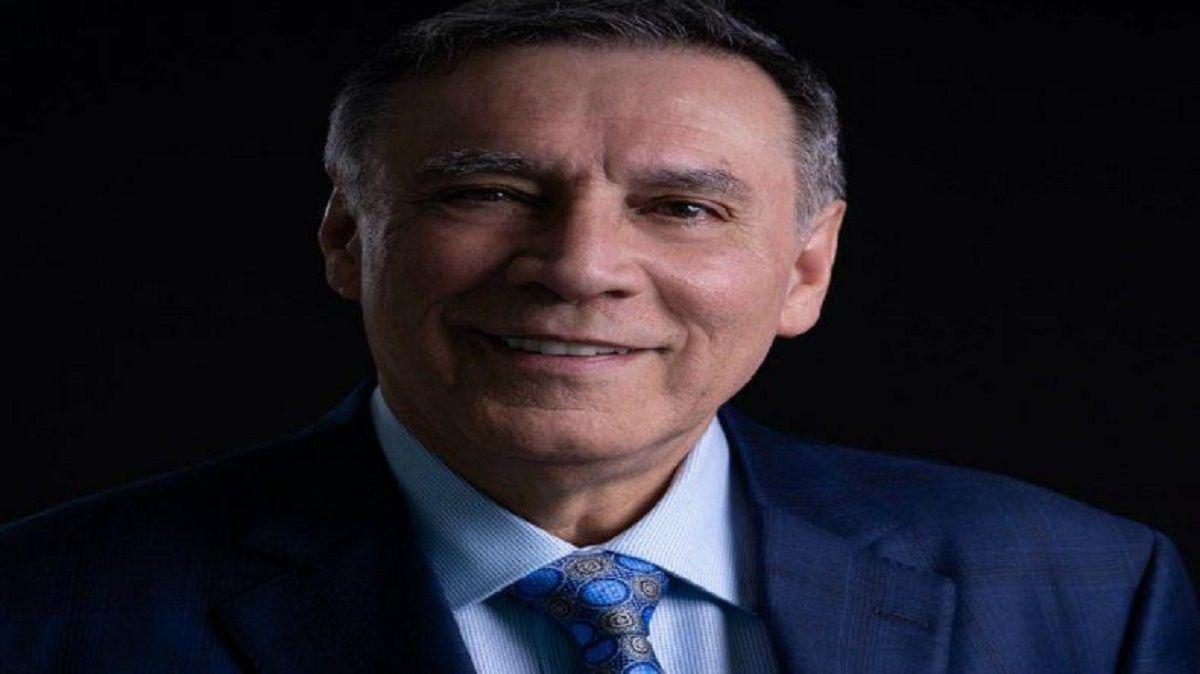 Un gran dilema de la democracia expuesto por el expresidente de Ecuador Jamil Mahuad