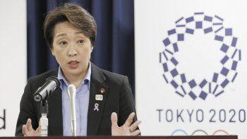 La ministra japonesa de Juegos Olímpicos, Seiko Hashimoto, habla durante una rueda de prensa en la oficina del gabinete en Tokio, el 19 de septiembre de 2019. Seiko Hashimoto hace historia en Japón al asumir la presidencia del comité organizador de los Juegos Olímpicos de Tokio 2021.