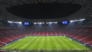 Una vista general del partido de fútbol del grupo G de la Liga de Campeones entre Ferencvaros y Barcelona en el Puskas Arena en Budapest, Hungría, el miércoles 2 de diciembre de 2020