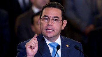 Piden investigar a expresidente de Guatemala por echar a jefe de misión de ONU