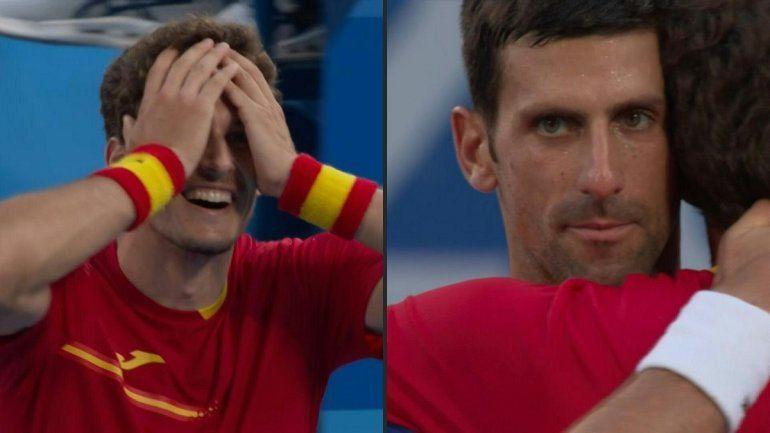 El español Pablo Carreño conquistó la medalla de bronce en el torneo de tenis de Tokio-2020 después de ganar el sábado al serbio Novak Djokovic