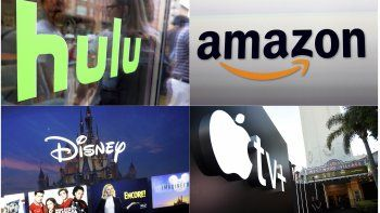 En esta combinación de fotos, el logotipo de Hulu en una vitrina de los espacios Milk Studios en Nueva York, el logotipo de Amazon en Santa Mónica, California, el logotipo de Apple TV+ logo afuera del Teatro Regency Village en Los Angeles antes del estreno de la serie See, y una captura de pantalla de una imagen del servicio de streaming Disney Plus.
