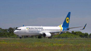 Fotografía del sábado 26 de mayo de 2018 del avión ucraniano Boeing 737-800 UR-PSR que se estrelló el miércoles 8 de enero de 2020 en las afueras de Teherán, Irán.