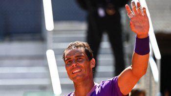 El español Rafael Nadal celebra la victoria contra el australiano Alexei Popyrin durante el partido de individuales del torneo ATP Tour Madrid Open