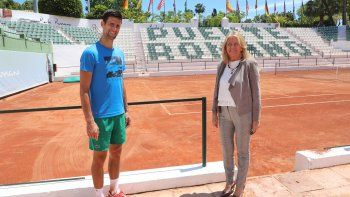 Con eltenisprofesional suspendido debido a la pandemia decoronavirusal menos hasta finales de julio, Djokovic promueve esta gira de cuatro paradas -en canchas de arcilla- que comenzará en Belgrado el 13 de junio