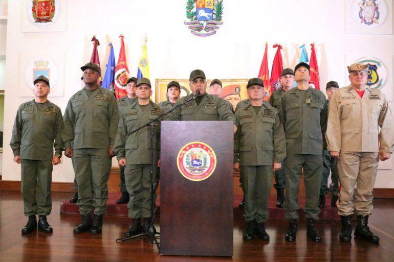 La cúpula militar expresa su irrestricto apoyo y lealtad absoluta a (...) nuestro comandante en jefe