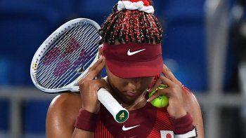 La japonesa Naomi Osaka fue derrotada por la checa Marketa Vondrousova en el partido de tenis de la tercera ronda individual femenina de los Juegos Olímpicos de Tokio 2020