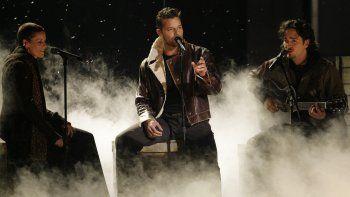 En esta foto del 2 de noviembre del 2006, Ricky Martin actúa en la ceremonia de los Latin Grammy en Nueva York. Martin será el maestro de ceremonias de la 20ma edición de los Latin Grammy el jueves 14 de noviembre del 2019 en Las Vegas.