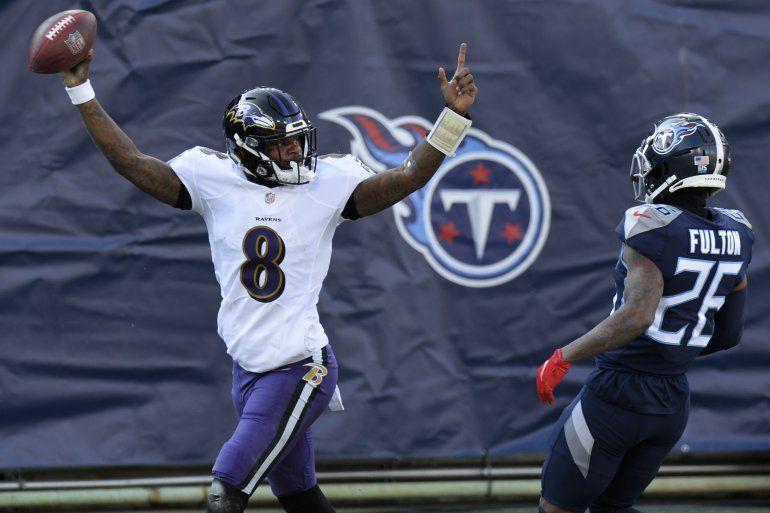 El quarterback de los Ravens de Baltimore