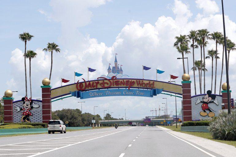 El jueves 9 de julio del 2020 los entrenamientos de la NBA con el equipo completo comenzar en la burbuja en Disney. Orlando fue el primer equipo que practicó en la duela