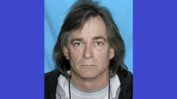 Imagen sin fecha publicada en redes sociales por el FBI en la que aparece Anthony Quinn Warner. Las autoridades identificaron a Warner, de 63 años, como el hombre detrás del coche bomba en el que murió.