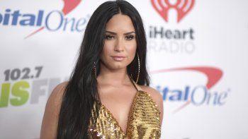 Demi Lovato llega al concierto Jingle Ball en The Forum en Inglewood California AP Richard Shotwell Invision AP Archivo diciembre 2017. Lovato se suma a otras estrellas que cantaron el himno en el Super Bowl como Whitney Houston.