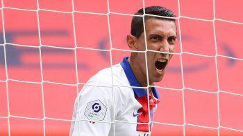 El mediocampista argentino del Paris Saint-Germain, Angel Di Maria,reacciona durante unpartido de fútbol en el estadio Allianz Riviera en Niza, Francia, el 20 de septiembre de 2020.
