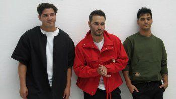 En esta foto de archivo del 10 de junio de 2019, los miembros de la banda mexicana Reik: de izquierda a derecha Julio Ramírez, Jesús Navarro y Gilberto Bibi Marín posan durante un evento para promover su álbum Ahora.