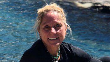 Saundra Andringa-Meuer durante un viaje a Colorado. La mujer estadounidense de 61 años se recuperó de COVID-19 luego de estar en coma varios días en marzo de 2020.