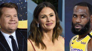En esta combinación de fotos, de izquierda a derecha, el actor y presentador de TV James Corden, la actriz Jennifer Garner y el jugador de la NBA LeBron James, quienes recibieron nominaciones a los premios Webby a los mejores creadores de contenido de internet el martes 20 de abril de 2021.
