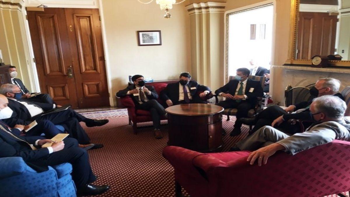 Senadores de EEUU conversaron con miembros del Gobierno Legítimo para tratar crisis en Venezuela.